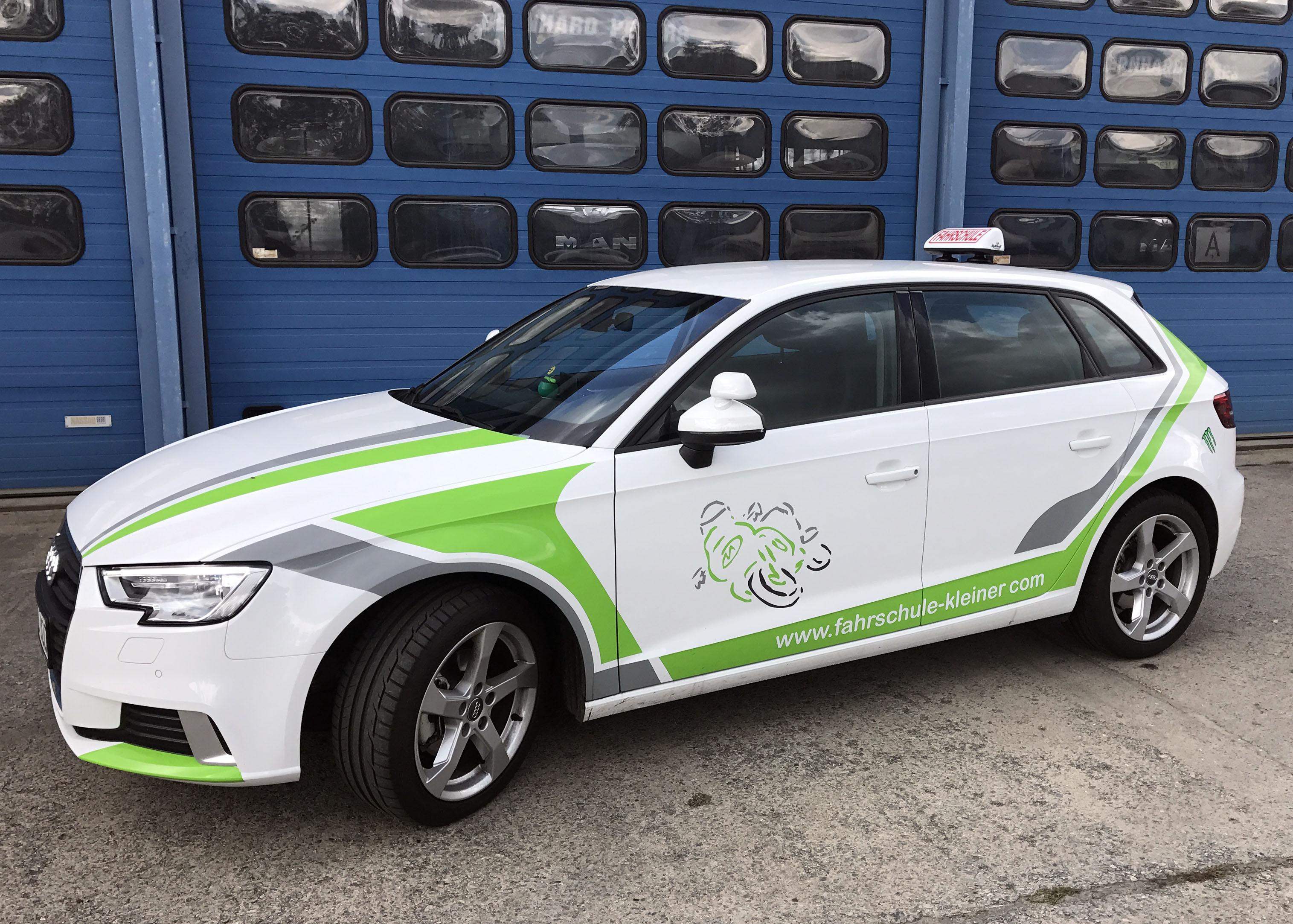 Audi A3 Sportback Ultra weiß